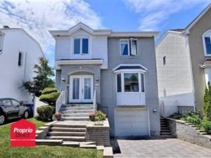 9753331 - Maison à étages à vendre