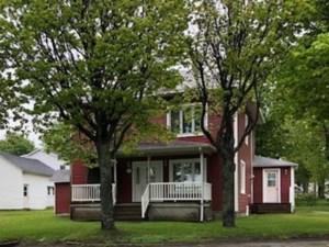19008382 - Maison à étages à vendre