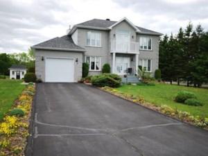 22469392 - Maison à étages à vendre
