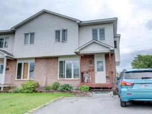 24833023 - Cottage-jumelé à vendre
