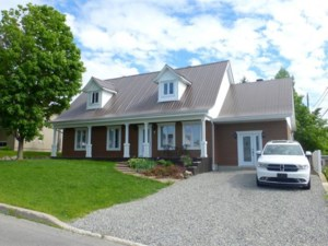 28719167 - Maison à 1 étage et demi à vendre