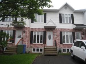 15096977 - Maison à étages à vendre