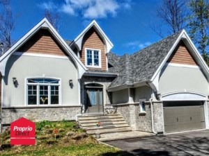 23691791 - Maison à étages à vendre