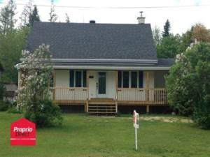 23312931 - Maison à 1 étage et demi à vendre