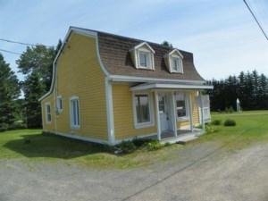18273552 - Maison à étages à vendre