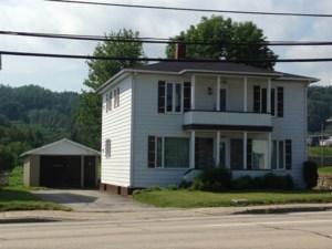 19048341 - Maison à étages à vendre