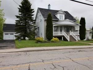 20259333 - Maison à 1 étage et demi à vendre