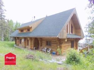 15353922 - Maison à étages à vendre