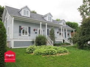 18285964 - Maison à étages à vendre