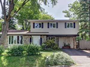 18717634 - Maison à étages à vendre