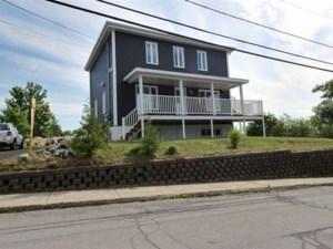 14128254 - Maison à étages à vendre