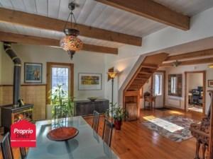 20709065 - Maison à étages à vendre