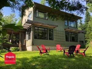 27003484 - Maison à étages à vendre