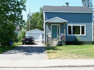 17826020 - Maison à étages à vendre