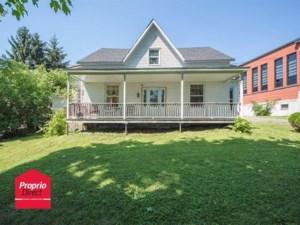 17393880 - Maison à étages à vendre