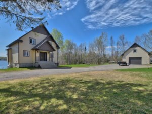 17759039 - Maison à étages à vendre