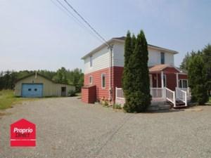 22762163 - Maison à étages à vendre