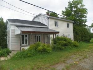 15834229 - Maison à étages à vendre