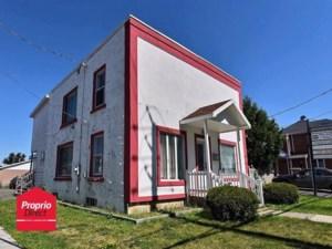 17380921 - Maison à étages à vendre