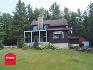 25674819 - Maison à étages à vendre