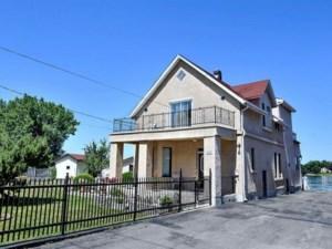 18503023 - Maison à étages à vendre