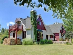 22374029 - Maison à étages à vendre