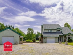 9349618 - Maison à étages à vendre