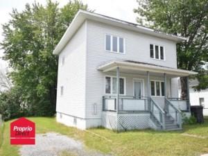 16780881 - Maison à étages à vendre