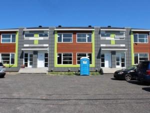 10264891 - Maison à étages à vendre