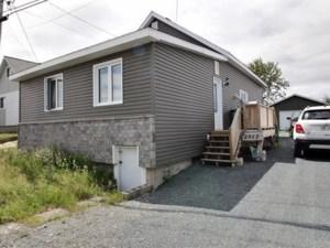 24909210 - Maison à 1 étage et demi à vendre
