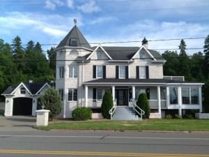 23001392 - Maison à étages à vendre