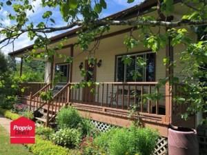 18025342 - Maison à étages à vendre