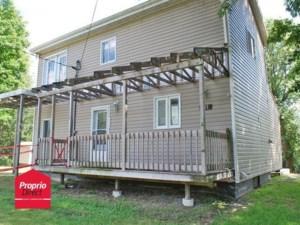 14325277 - Maison à étages à vendre