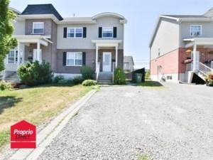 28456745 - Maison à étages à vendre