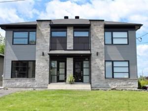 10080745 - Cottage-jumelé à vendre