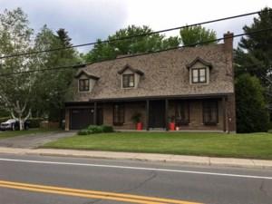9506311 - Maison à étages à vendre