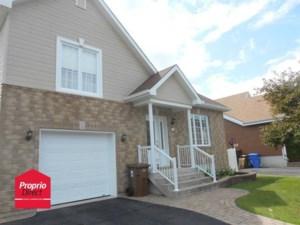 22494096 - Maison à étages à vendre