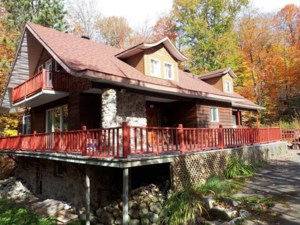 23086374 - Maison à étages à vendre
