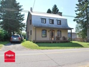 27387365 - Maison à étages à vendre