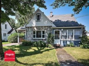 22764566 - Maison à étages à vendre