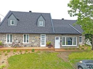 11024960 - Maison à étages à vendre