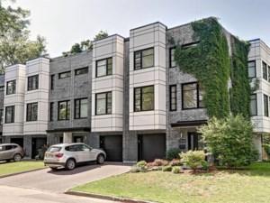 26467923 - Maison à étages à vendre
