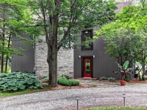26168314 - Maison à étages à vendre
