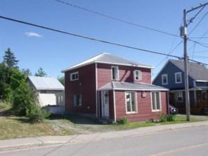 16140994 - Maison à étages à vendre