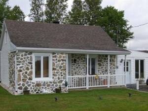 9816286 - Maison à 1 étage et demi à vendre