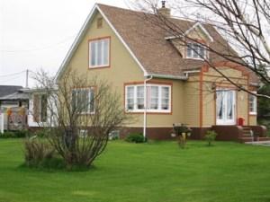 12304026 - Maison à étages à vendre