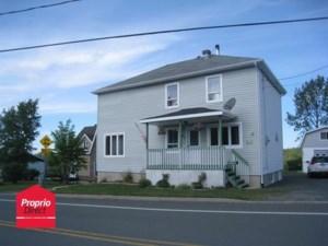 22653903 - Maison à étages à vendre