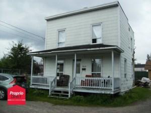 27780454 - Maison à étages à vendre