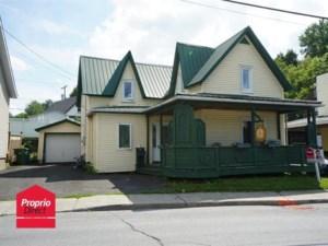 27843807 - Maison à étages à vendre
