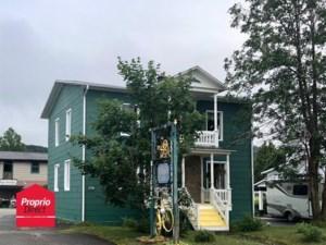27440425 - Maison à étages à vendre